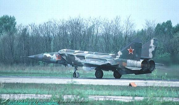 milavia aircraft - mikoyan-gurevich mig-25  u0026 39 foxbat u0026 39