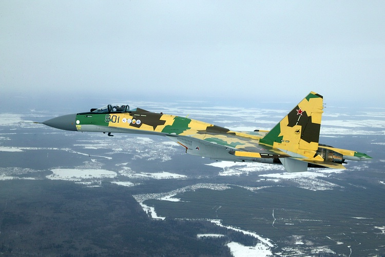 Chasseur Su-35BM  Su-35-901_1