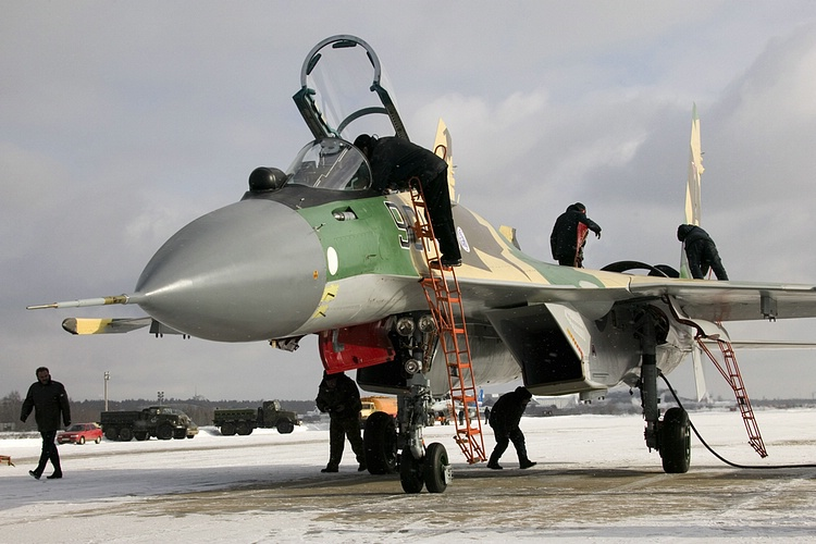 Chasseur Su-35BM  Su-35-901_2