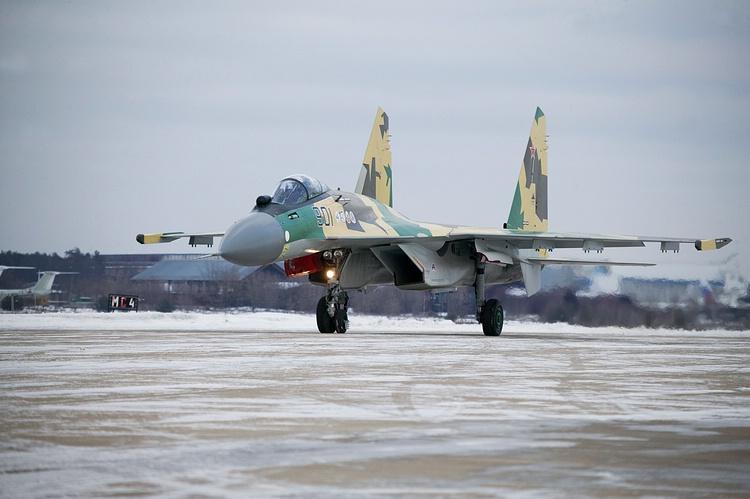 Chasseur Su-35BM  Su-35-901_6