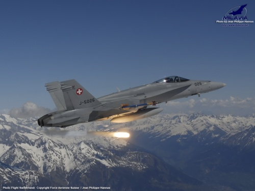Swiss F-18 Hornet in flight Wallpaper