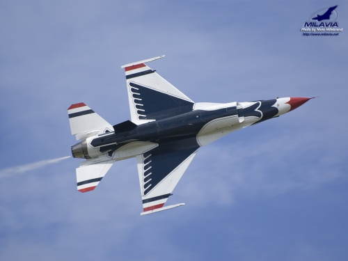 U.S. Air Force Thunderbirds F-16 seen at the Royal International Air Tattoo