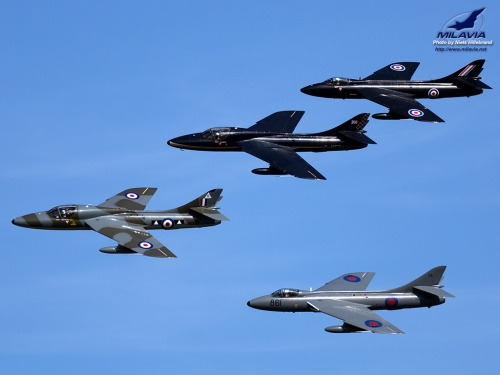 Hawker Hunter x4 Wallpaper
