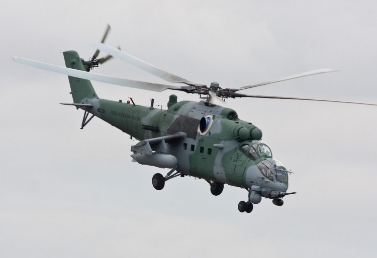 Novedades Mil-Mi 171E Argentinos - Página 3 123-2-FAB-AH2-Sabre_02_resized