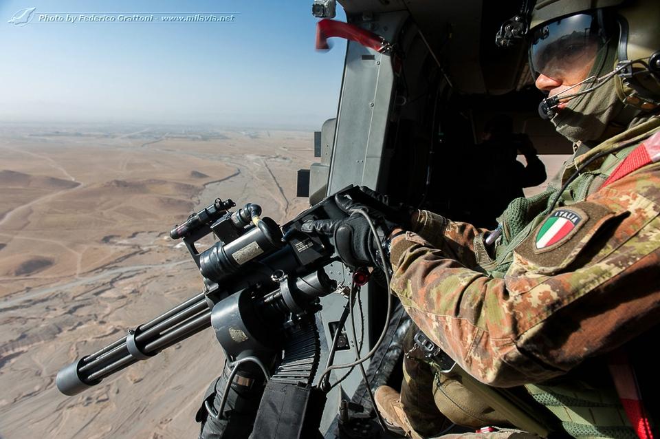 italian-nh90-afghanistan_29.jpg